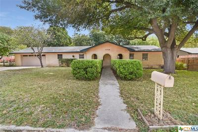 1250 E COMMON ST, New Braunfels, TX 78130 - Photo 2