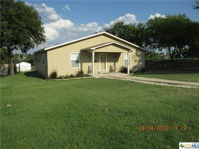 901 S DAVIS ST, Belton, TX 76513 - Photo 1