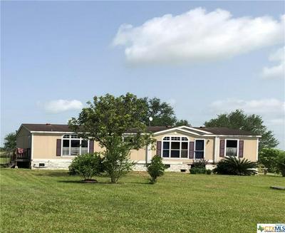 406 HOLLYBROOK DR, Inez, TX 77968 - Photo 1