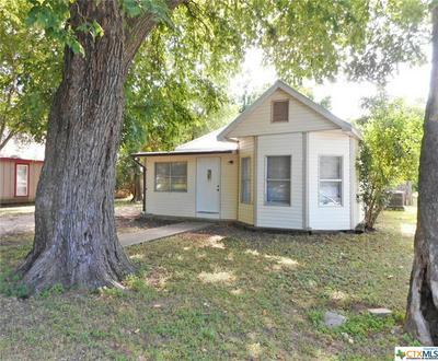 402 LEE ST, Smithville, TX 78957 - Photo 2