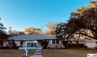 710 W BRACKENRIDGE ST, Edna, TX 77957 - Photo 2
