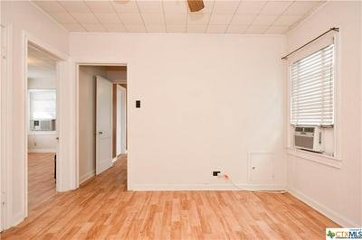 208 S 25TH ST, Temple, TX 76504 - Photo 2