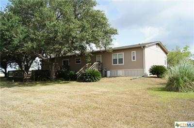 32 HILLSIDE RD, Victoria, TX 77905 - Photo 2