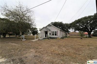 342 S TEMPLE ST, Goliad, TX 77963 - Photo 2