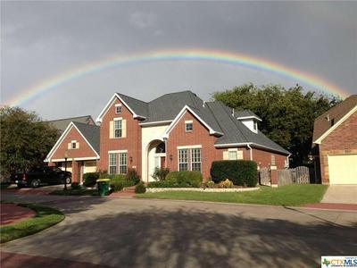 24 COTSWOLD LN, Victoria, TX 77904 - Photo 1