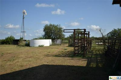 873 COUNTY ROAD 409, Beeville, TX 78102 - Photo 2