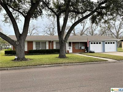 3103 REDWOOD DR, Victoria, TX 77901 - Photo 2