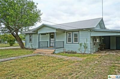 335 N LILLIAN ST, Bartlett, TX 76511 - Photo 2