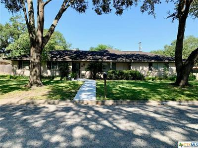 515 NANCY ST, Edna, TX 77957 - Photo 1