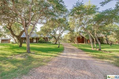 422 COLETO BLUFF RD, Victoria, TX 77905 - Photo 2