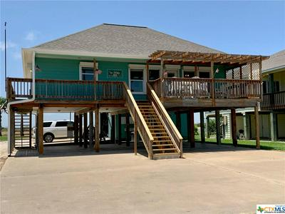 302 MARSHALL JOHNSON AVE S, Port Lavaca, TX 77979 - Photo 2