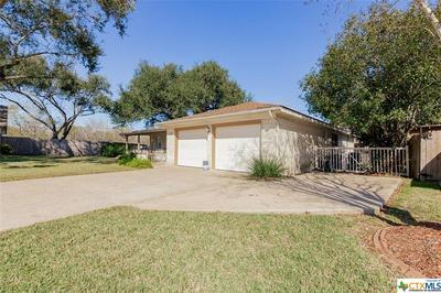 119 SAVANNAH DR, Victoria, TX 77904 - Photo 2