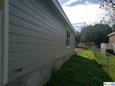 612 CANYON SPRINGS DR, Canyon Lake, TX 78133 - Photo 2
