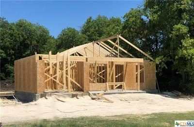 123 AVENUE B, Moody, TX 76557 - Photo 1