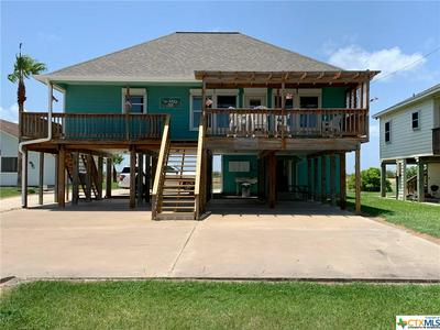 302 MARSHALL JOHNSON AVE S, Port Lavaca, TX 77979 - Photo 1