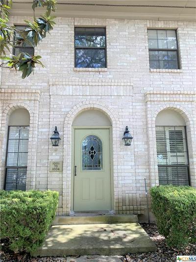8415 FREDERICKSBURG RD APT 1001, San Antonio, TX 78229 - Photo 2
