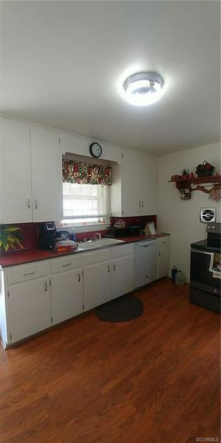 1724 11TH ST, VICTORIA, VA 23974 - Photo 2