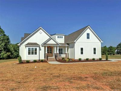5707 REEDY SPRINGS DR, NORTH CHESTERFIELD, VA 23237 - Photo 2