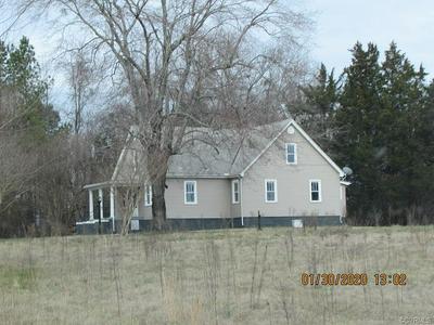 1143 WALNUT HILL RD, BLACKSTONE, VA 23824 - Photo 1