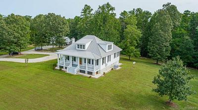 405 YOUNGLING PL, DUNNSVILLE, VA 22454 - Photo 1