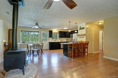 8822 INDIAN RD, GLOUCESTER, VA 23061 - Photo 2