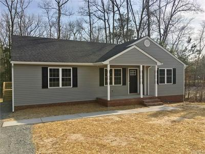 5 E JEFFERSON AVE, Warsaw, VA 22572 - Photo 1