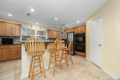 5607 PATRICIA PL, GLOUCESTER, VA 23061 - Photo 2