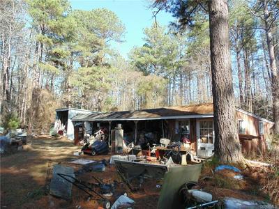 943 TURKEY RUN RD, Shacklefords, VA 23156 - Photo 2
