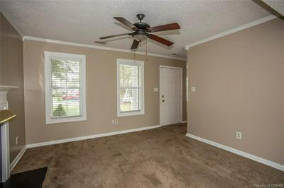 6711 HOLLY SPRINGS DR, GLOUCESTER, VA 23061 - Photo 2