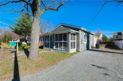 3911 GRAYSON ST, RICHMOND, VA 23222 - Photo 2