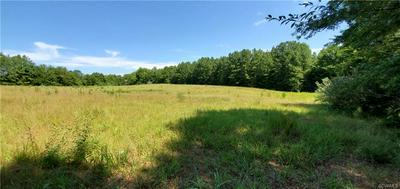 000 W ENTRANCE ROAD, BLACKSTONE, VA 23824 - Photo 1