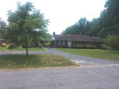 4317 GRUBBY RD, WILSONS, VA 23894 - Photo 1