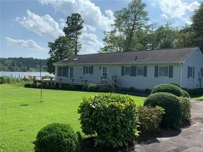 622 SHORE DR, HARTFIELD, VA 23071 - Photo 2