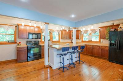 80 MILL RIDGE RD, HARTFIELD, VA 23071 - Photo 2