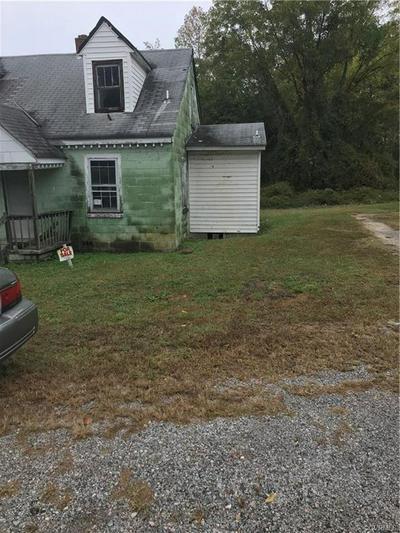 104 S GREEN ST, BLACKSTONE, VA 23824 - Photo 2