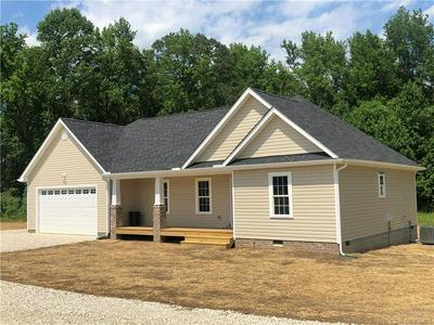 10118 SOUTHAMPTON RD, Disputanta, VA 23842 - Photo 2