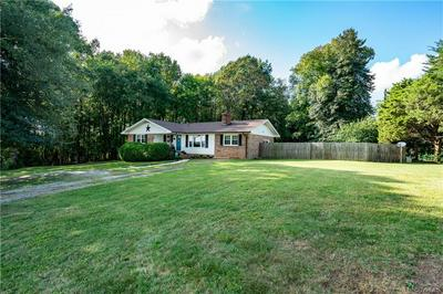 2825 BLACKSTONE RD, KENBRIDGE, VA 23944 - Photo 2