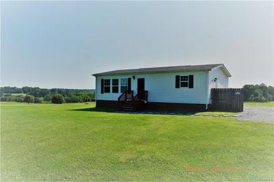 3590 ROBERTSONS RD, BLACKSTONE, VA 23824 - Photo 1