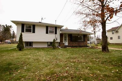 1411 N SUPERIOR ST, ANTIGO, WI 54409 - Photo 2