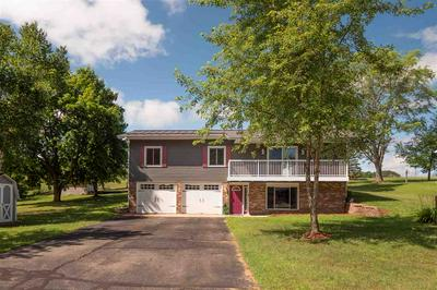 423 CLINTON CT, Amherst, WI 54406 - Photo 1