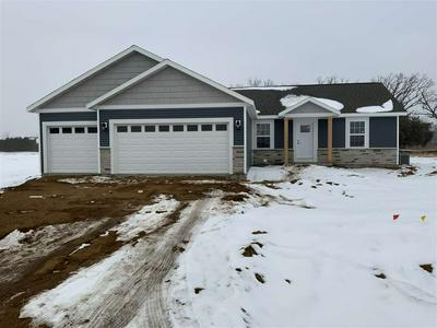 4000 LANDCASTER RD, Plover, WI 54467 - Photo 1
