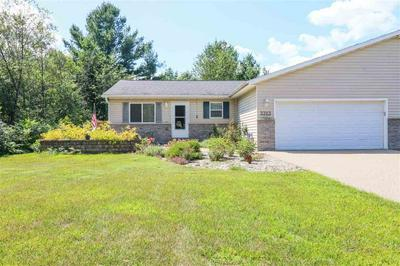3323 ROSEWOOD DR, Plover, WI 54467 - Photo 1