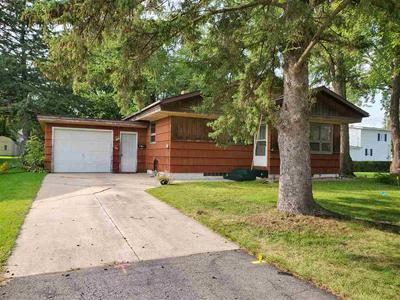 406 N APPLE AVE, Marshfield, WI 54449 - Photo 1