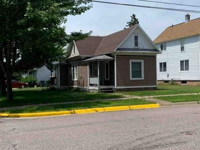 211 11TH ST N, Wisconsin Rapids, WI 54494 - Photo 1