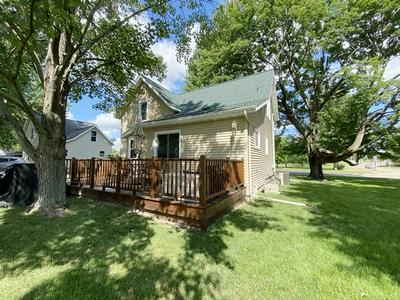 616 S WASHINGTON AVE, Marshfield, WI 54449 - Photo 2