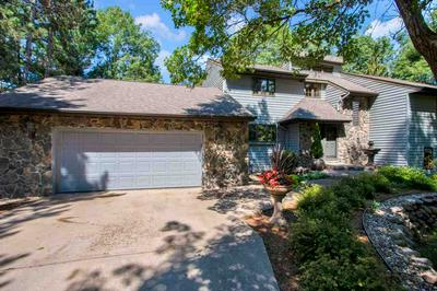 271 CROSSBOW DR, Plover, WI 54467 - Photo 2