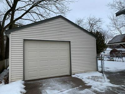712 LINCOLN AVE, Wausau, WI 54403 - Photo 2
