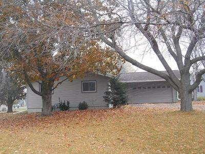 1613 E DOEGE ST, Marshfield, WI 54449 - Photo 2