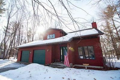 2320 MAPLEWOOD DR, PLOVER, WI 54467 - Photo 2