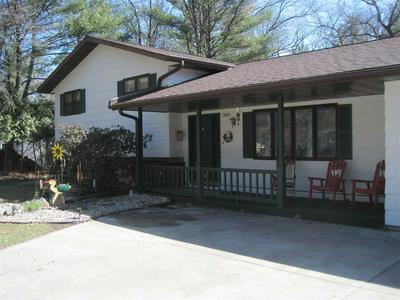 4221 WOODHAVEN LN, WISCONSIN RAPIDS, WI 54494 - Photo 2